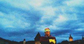 SuperheldIn, wirf dich über die Ziellinie!